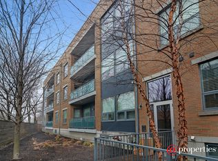 1307 W Wrightwood Ave Apt 203, Chicago IL