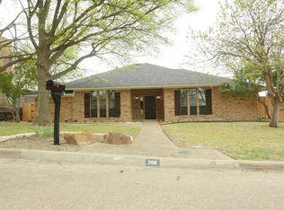 208 Alta Vista Dr , Rockwall TX