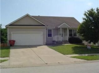 833 SW Woodland Dr , Grain Valley MO