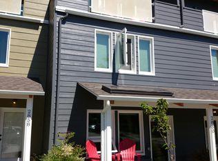2860 S Nevada St , Seattle WA