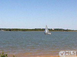 1812 Laguna Bay , Azle TX