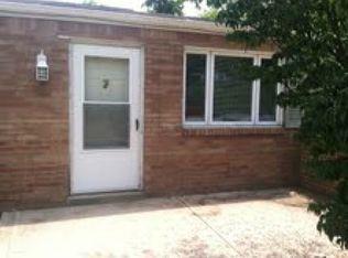 2054 Renton Rd , Pittsburgh PA