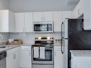 Texas · Irving · 75063 · Freeport/Hackberry; The Palmer At Las Colinas  Apartment Homes