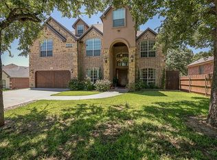 3844 W Pioneer Dr , Irving TX