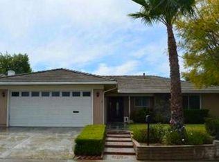25011 De Salle St , Laguna Hills CA