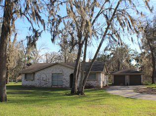 940 Mulberry Ln , Brazoria TX