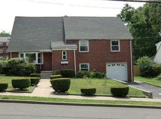 78 Amsterdam Ave , Teaneck NJ