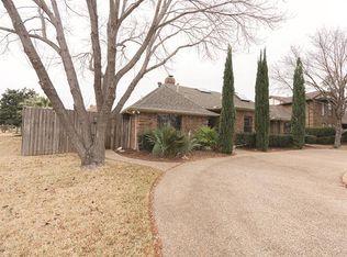 2912 Crooked Creek Dr , Carrollton TX