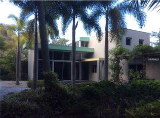 2200 Ixora Ave , Sarasota FL