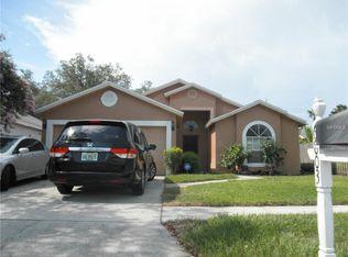 6803 Yardley Oaks Ct , Tampa FL