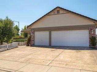 7233 Roxanne Ln , Rohnert Park CA