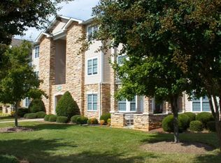 Great Woodstone Apartments   Durham, NC | Zillow Pictures
