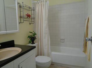 Th Ave SE UNIT G Renton WA Zillow - Bathroom remodel renton wa