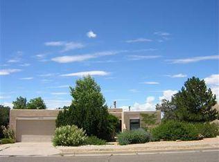 2252 Calle Cacique , Santa Fe NM