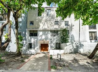 Schooner Port Condominiums
