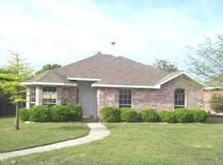 7512 Wood Slope Dr , Dallas TX