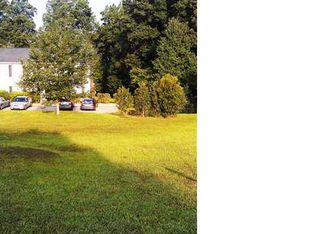 536 Country Ln , Holly Springs NC