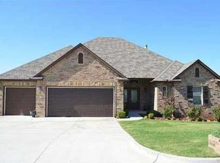 387 Canterbury Rd , Midwest City OK