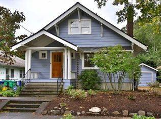 3015 NE Irving St , Portland OR