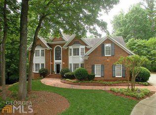 7915 Landowne Dr , Atlanta GA