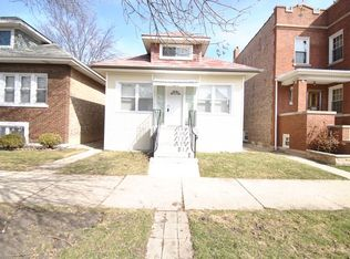 5336 W Eddy St , Chicago IL