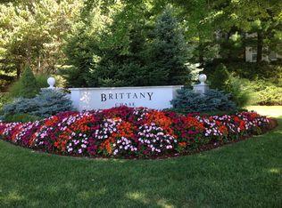 1024 Brittany Dr , Wayne NJ
