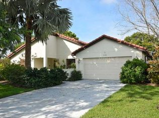 3120 Heatherwood Ln , Sarasota FL