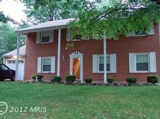 13606 Ellendale Dr , Chantilly VA