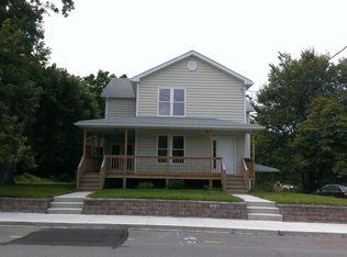 147 King St , E Stroudsburg PA