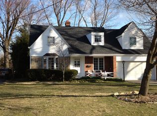 20906 Lake Rd , Rocky River OH