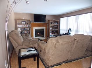 947 Cedar Rd , Kronenwetter WI
