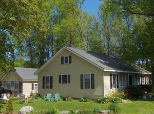 215 Lakeview Dr , North Hero VT