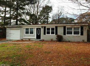 1100 Macdonald Rd , Chesapeake VA