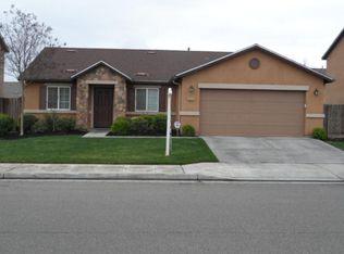 5829 W Garland Ave , Fresno CA