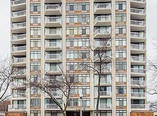 3100 S King Dr Apt 502, Chicago IL