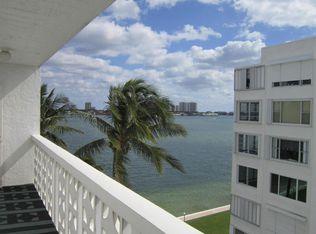 401 Lake Shore Dr Apt 706, West Palm Beach FL
