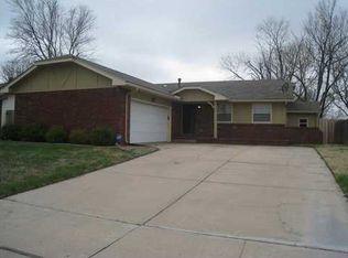 2131 S Flynn St , Wichita KS