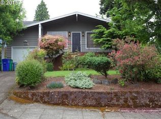 8334 SW 8th Ave , Portland OR