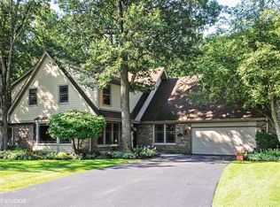 16 WELLINGTON CT , LINCOLNSHIRE IL
