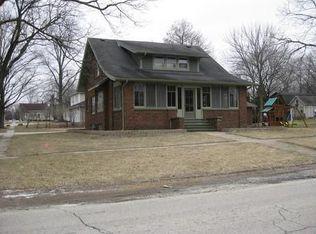 208 E Main St , Newark IL