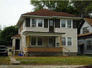 614 Dickinson St SE , Grand Rapids MI