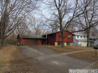 8650 Darnel Rd , Eden Prairie MN
