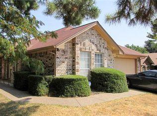 7437 Little Rock Ln , Fort Worth TX