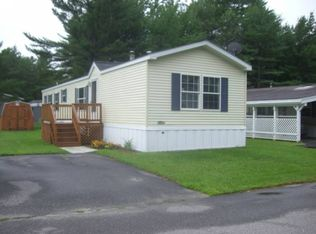 48 Village Dr , Lewiston ME