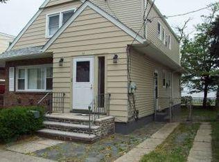 65 Riverview Rd , Jersey City NJ