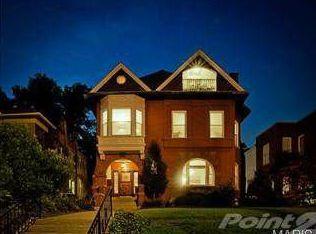 4365 Forest Park Ave , Saint Louis MO
