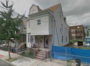 829 S 15th St , Newark NJ