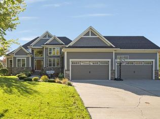 1346 Hunters Rdg Lino Lakes Mn 55038 Zillow