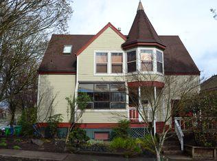 0103 SW Gibbs St , Portland OR