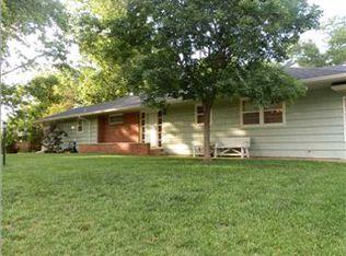 926 N Emerson Ave , Wichita KS